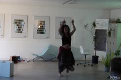 Anya tanzte für uns wieder Trarantella!